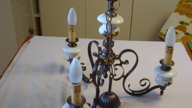 Lampadario antico vintage a tre luci