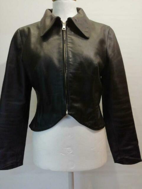 Giubbotto donna in pelle nero mut zip corto con colletto