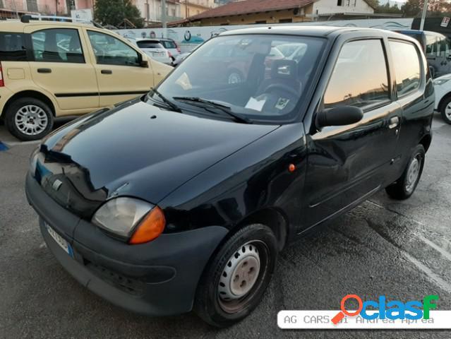 FIAT 600 benzina in vendita a Sant'Antonio Abate (Napoli)