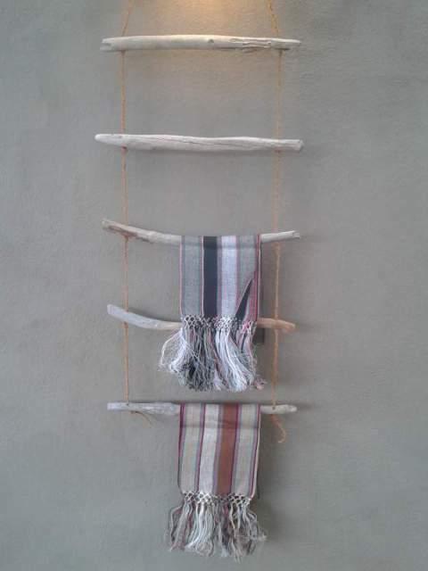 Porta asciugamani in legno marino