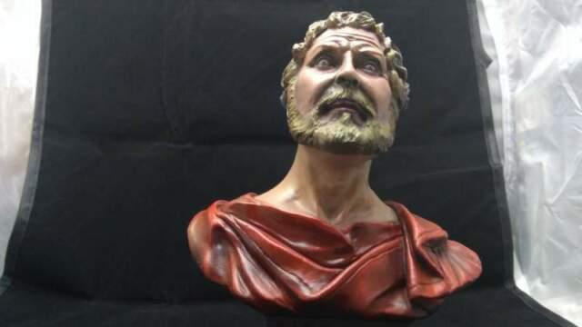 Miniatura busto in gesso imperatore romano dipinto a mano