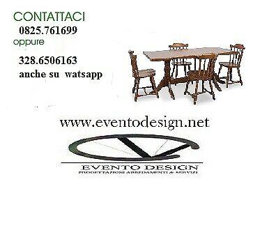 Set tavoli e sedie per ristorante