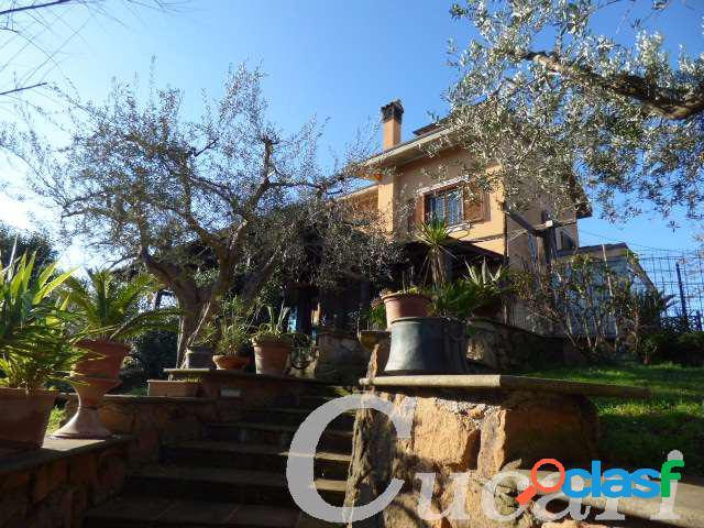 vft05 villa con piscina divisibile in residence