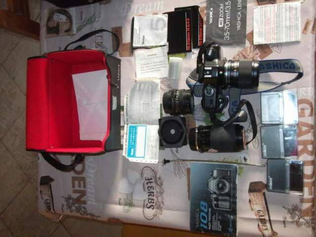 Macchina fotografica Reflex Yashica 108 multiprogram 3