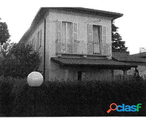 App. all' asta Castano Primo Via Dell' Arco Antico