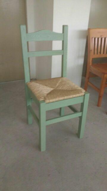 Sedie in legno, sedute in metallo per cucina