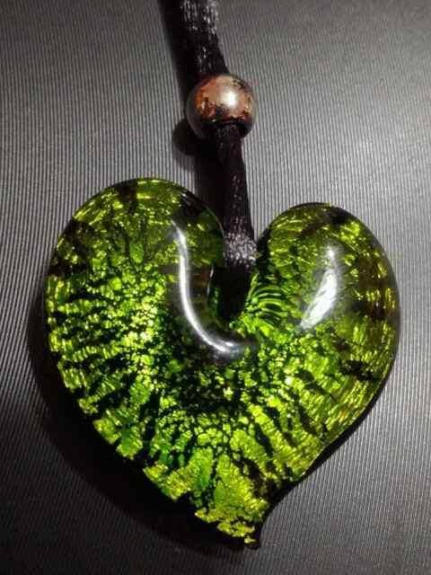 Collana in vetro di murano a forma di cuore verde