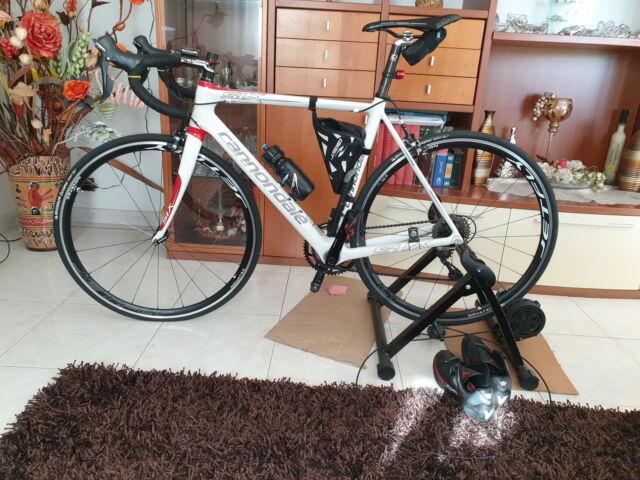Bicicletta da corsa full carbon Canondale six