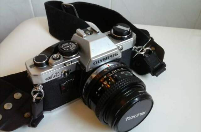 Camera Olympus OM10 reflex (made in Japan)