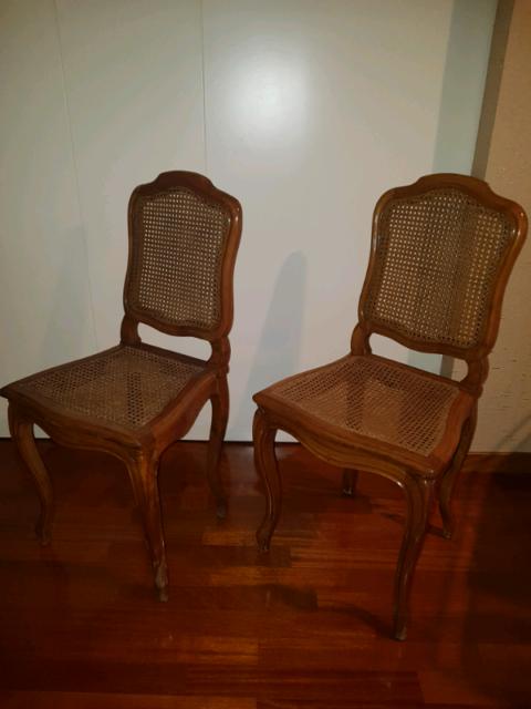 Coppia di sedie antiche pezzi unici