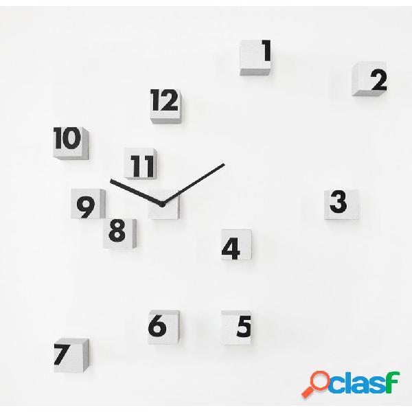 Orologio parete RND Time 2 composto da piccoli cubi