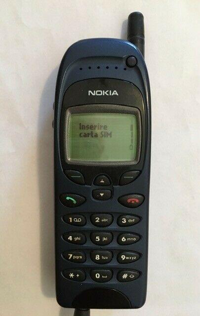 Telefono cellulare Nokia  GSM vintage anni 90