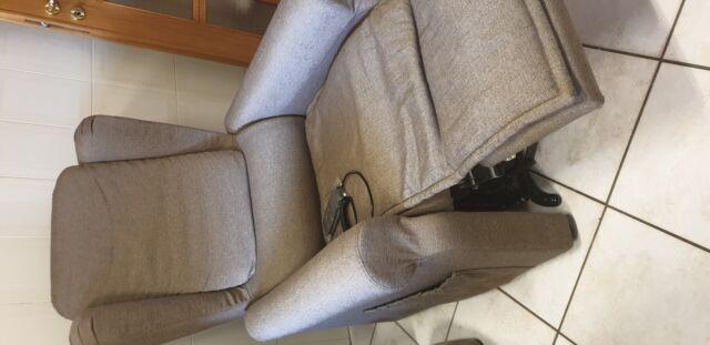 Usato poltrona relax elettrico alzapersona made in Italy