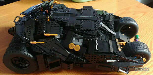 Batmobile Tumbler compatibile Lego - Batman e Joker