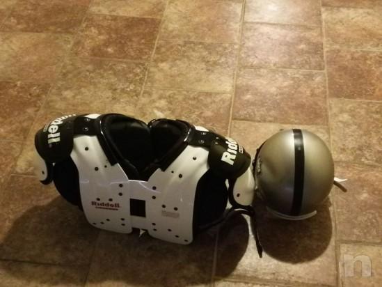 Vendo attrezzatura football americano taglia M più borsa