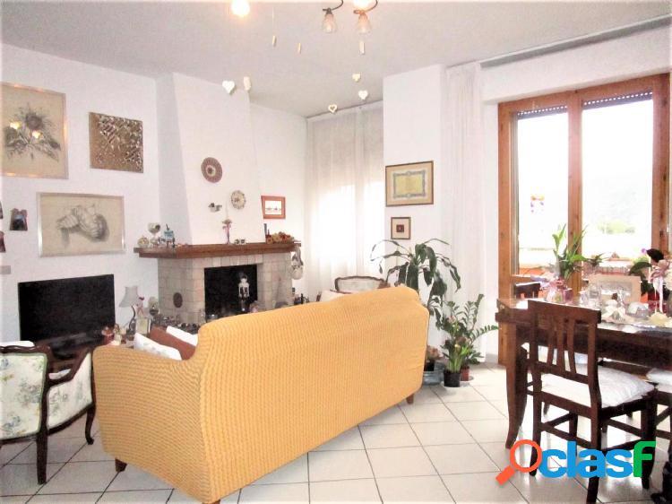 Appartamento di 5 vani in vendita a S.Frediano, Pisa