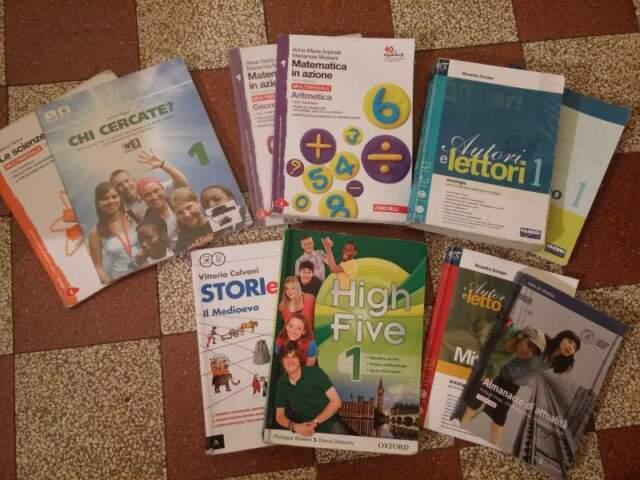 Libri scolastici di 1°, 2 e 3 media - sconto 70%