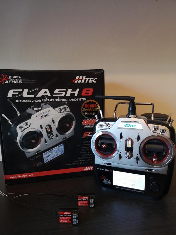 Radiocomando hitec flash 8 canali con 2 riceventi MAXIMA 9