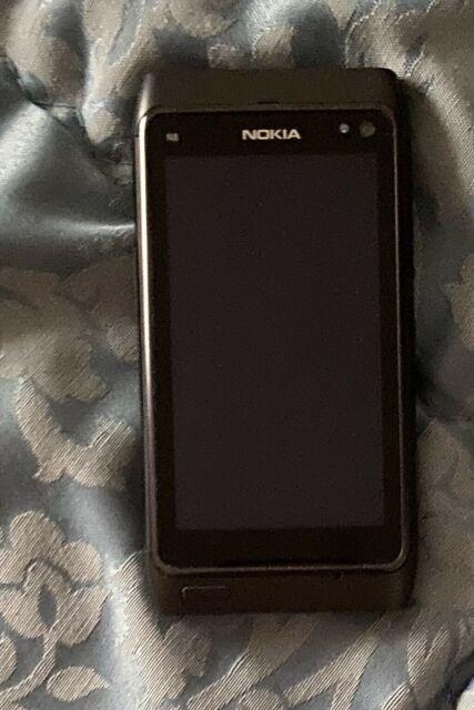 Cellulare Nokia N8 + scatola + accessori