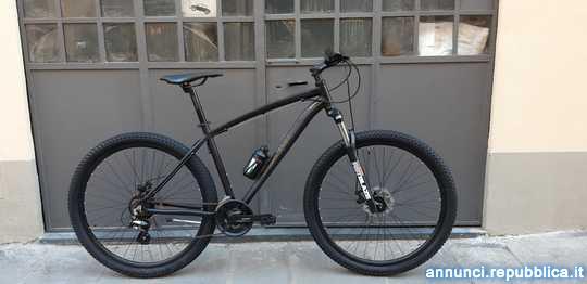 """Mountain Bike 29"""" Freni a Disco €"""