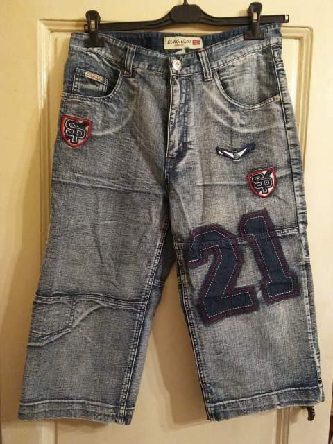 Pantaloni corti stile bermuda taglia 48