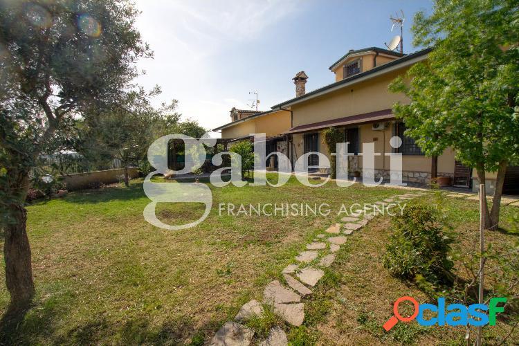 Sant'Angelo Romano - Villa 5 locali € 240.000 T506