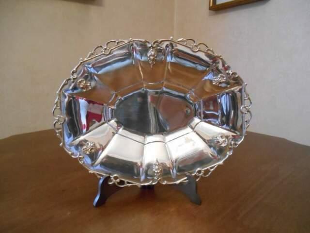 Piatto-vassoio in metallo argentato, originale anni '30