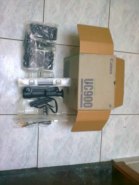 Videocamera Canon UC 900