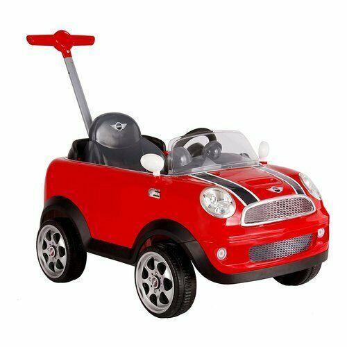 Mini cooper con maniglione per agevolare la guida del bimbo