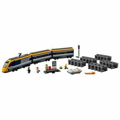 Salta a bordo del Treno passeggeri LEGO® City ! Questo