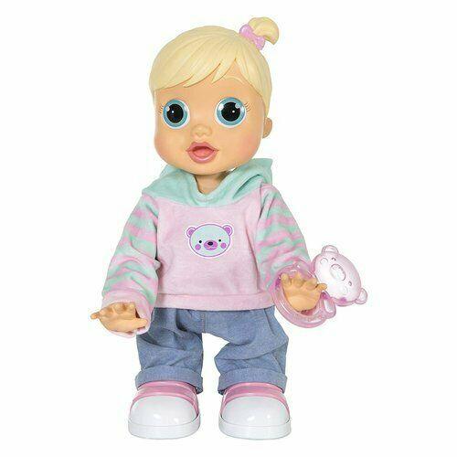Zoe è la bambola che impara a camminare come una bimba