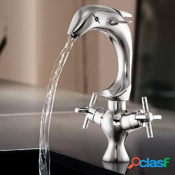 Miscelatore per lavabo con doccetta a forma di delfino