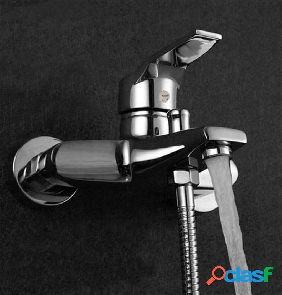 Moderno bagno rubinetto vasca doccia a parete rubinetto