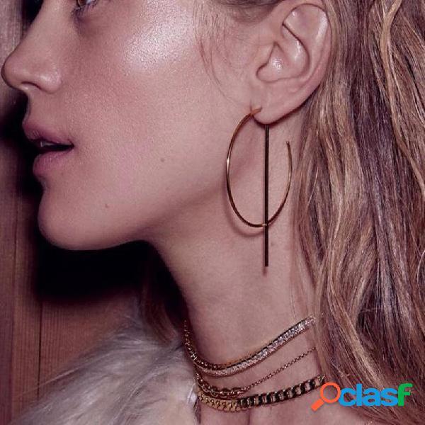 Orecchino vuoto alla moda Elegante rotonda Bar Ear Stud