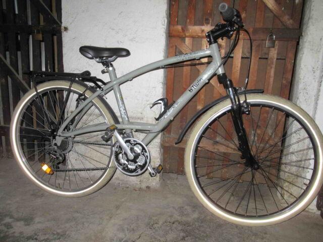 bicicletta City bike Btwin Triban Custom in alluminio