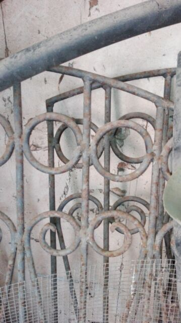 Cancello antico per recinzione in ferro battuto