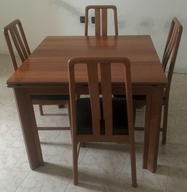 Tavolo allungabile in legno massiccio + 4 sedie
