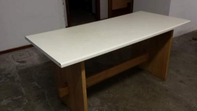 Tavolo da cucina in legno massello
