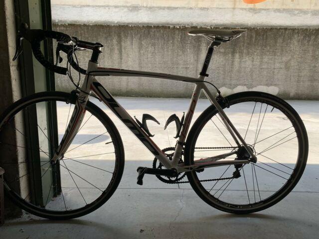 Bici da Corsa Olmo Deep Campagnolo Zonda 54(M/L)