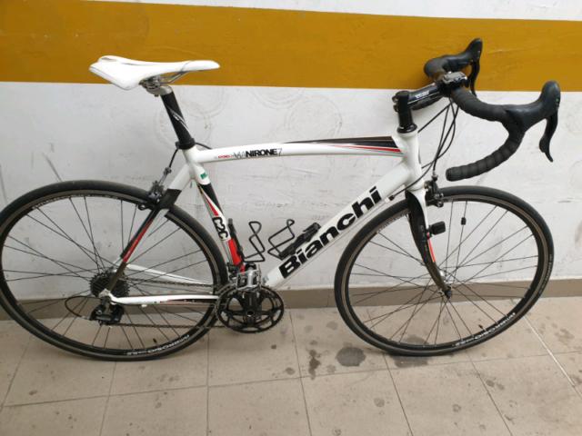 Bici da corsa Bianchi via Nirone7