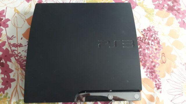 Ps3 console, 2 controlles e 5 giochi ps3