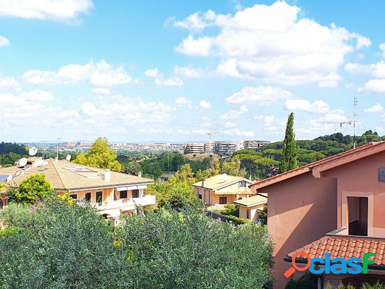 Torrino Mezzocammino - Villa 6 locali € 619.000 T602