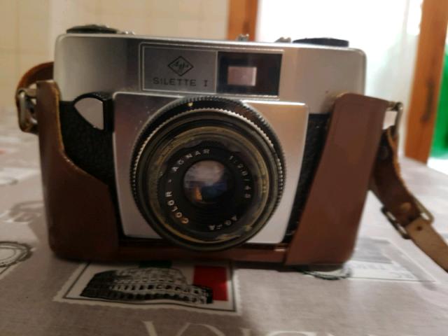 Macchinetta fotografica.
