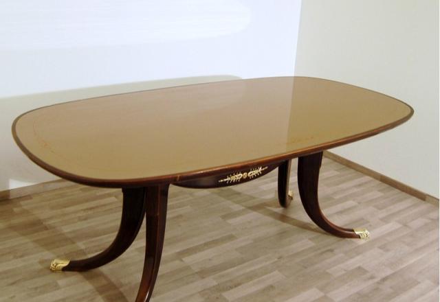 Tavolo da pranzo in legno di Mogano - Art.