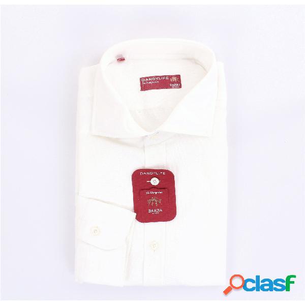 Barba camicia classica di colore bianco