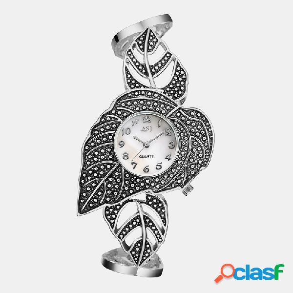 Creativo orologio da polso vintage da donna al quarzo con