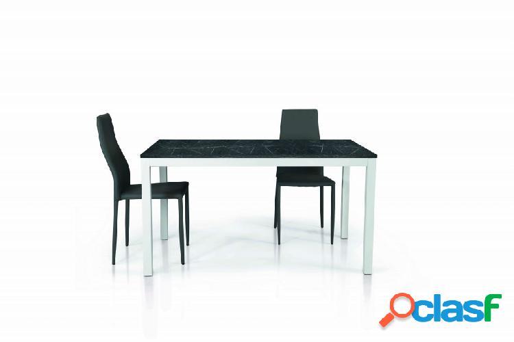 Tavolo in legno nobilitato finitura marmo allungabile