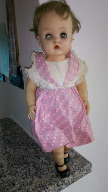 Bambola antica anni con marchio
