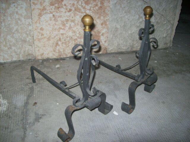 Alari vintage da camino, e ferro da stiro anni 40