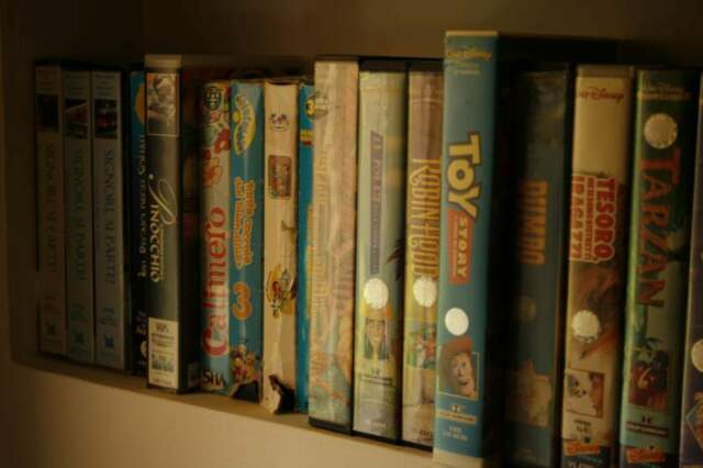Videocassette walt disney e warner bross pixar